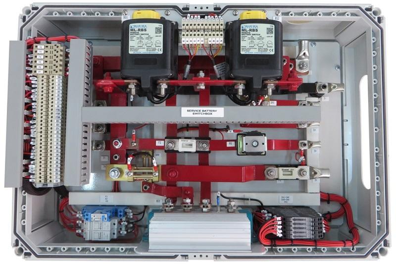 201405fg31_service-battery-switch-box